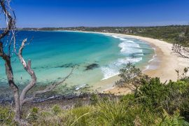 Andy_Hutchinson_-_Mollymook_Beach.jpg