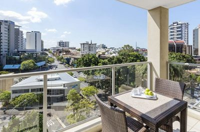 Oaks-Brisbane-Lexicon-Suites.jpg
